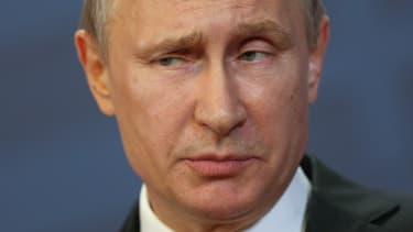 Vladimir Putin speaks in Hungary