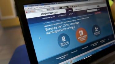 Obama administration slashes ObamaCare enrollment expectation for 2015