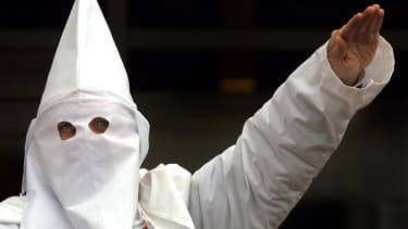 KKK hands out candy in South Carolina