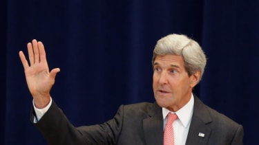 Kerry travels to Iraq to back inclusive new government