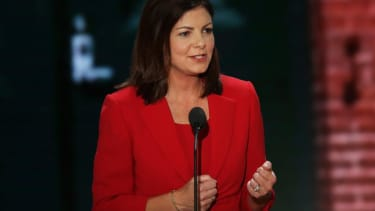 N.H. Sen. Kelly Ayotte to officiate for the wedding of Scott Brown's daughter