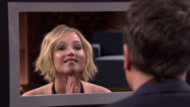 Jennifer Lawrence tests her acting skills by lying to Jimmy Fallon