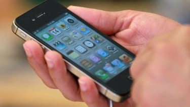 Survey finds that almost half of adults would not survive without their phone for 24 hours