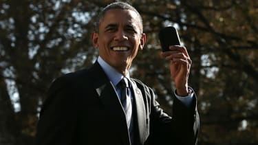 Obama had to hop off Marine One today after forgetting his BlackBerry at the White House