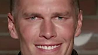 Tom Brady reads mean tweets