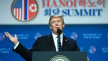 Trump gives a press conference in Hanoi