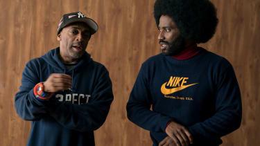 Director Spike Lee talks to John David Washington, who stars as Detective Ron Stallworth BlacKkKlansman