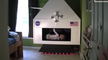 Universe's best dad builds seriously tricked-out NASA spaceship for his son