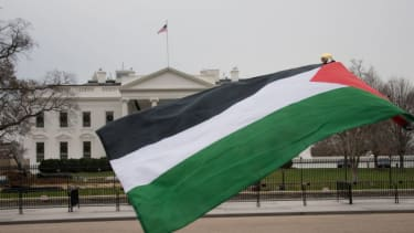 Palestinian flag in front of White House.