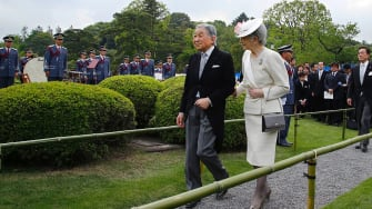Japan's Emperor Akihito reportedly wants to abdicate the throne
