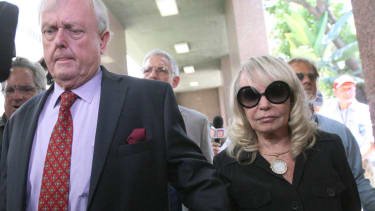 Donald Sterling calls his wife a pig, says he'll die before selling Clippers