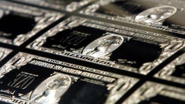 Dollar bill plates