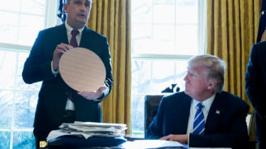 Intel unveils $7 billion investment from White House