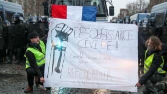 """Yellow vest"" protesters in Paris"