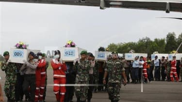 30 bodies recovered from AirAsia Flight 8501