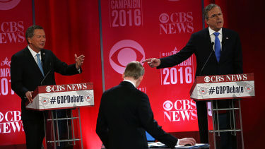 John Kasich and Jeb Bush slam Trump on immigration