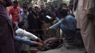 Pakistani father arrested for publicly stoning pregnant daughter to death