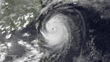 Super typhoon hits Japanese islands