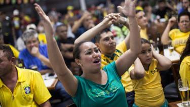 2014 World Cup: Brazil beats Croatia, 3-1
