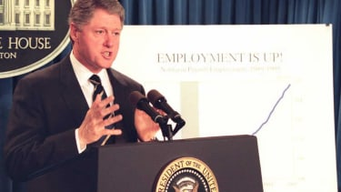 President Clinton reports on the economy in 1995.