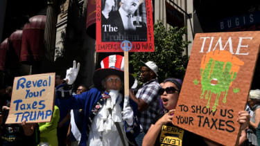 Trump tax return protest