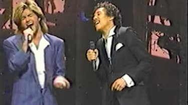 """George Michael and Smokey Robinson sing """"Careless Whisper"""" in 1985"""