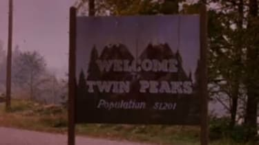 Twin Peaks revival coming to Showtime in 2016