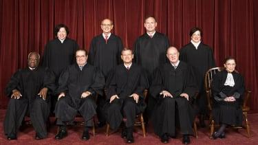 U.S. Supreme Court blocks Texas abortion law