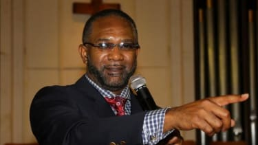 Pastor who admits to having AIDS and sleeping with parishioners won't step down