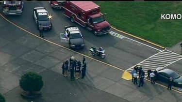 2 dead, including gunman, in Seattle-area high school shooting