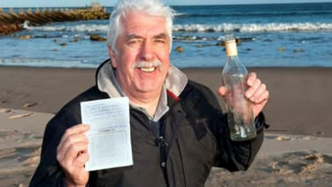 Fisherman receives reply to his message in a bottle — 41 years later