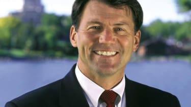 Poll: Republican way ahead in South Dakota Senate race