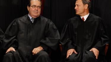 Justices Antonin Scalia and John Roberts