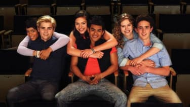 The behind-the-scenes look at Saved by the Bell you didn't know you wanted is coming to TV