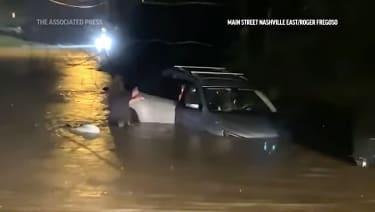 Car caught in flood in Nashville