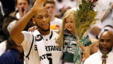 MSU basketball fan Lacey Holsworth, 8, loses her battle with cancer