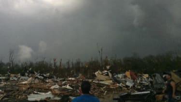 8 dead in Arkansas, 1 in Oklahoma after devastating tornadoes