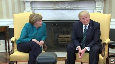 Trump does not shake hands with Angela Merkel