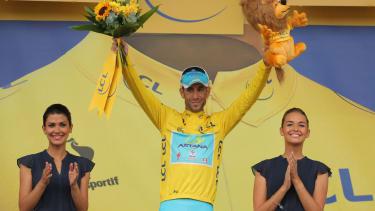 Italy's Vincenzo Nibali wins Tour de France