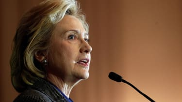 Hillary Clinton decries student debt — while receiving a $225k speaking fee