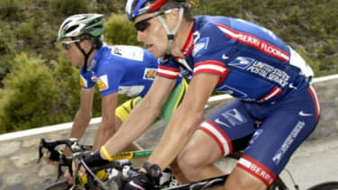 Lance Armstrong and teammate Tyler Hamilton