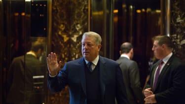 Al Gore leaves Trump Tower