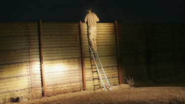 GAO finds it's impossible to track effectiveness of border walls.
