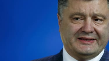 Ukraine's president talks with Russia's Putin, declares unilateral cease-fire