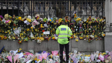 Counterterrorism officials find no evidence Westminster attacker was related to ISIS or Al Quaeda.