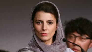 Actress Leila Hatami apologizes for Cannes kiss as Iranian students call for her to be flogged