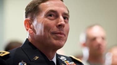 Could Gen. Petraeus be president in 2012?