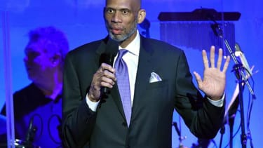 Kareem Abdul-Jabbar: Connecting murdered police officers with peaceful protests is 'cynical and selfish'