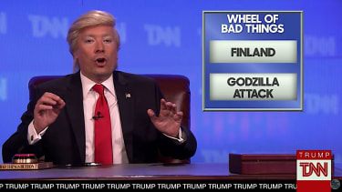 Jimmy Fallon plays Donald Trump founding news network