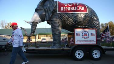 GOP elephant float.